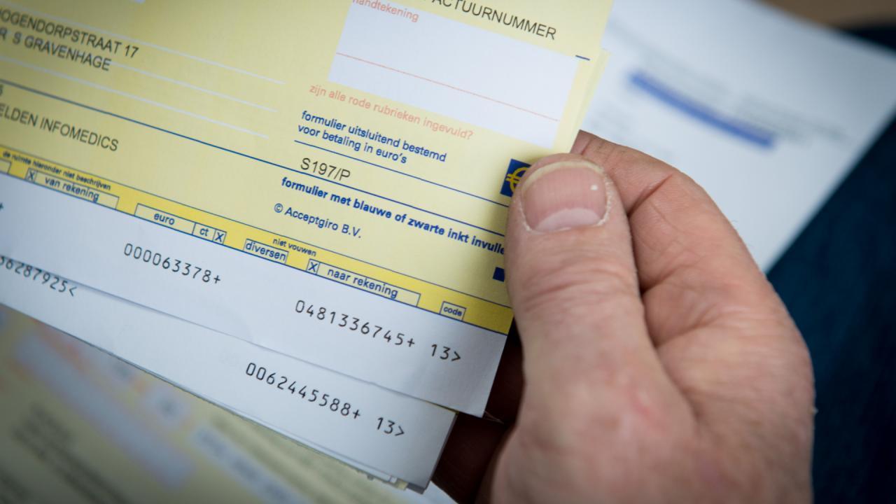 Nibud: Huishoudens zijn meer dan helft van inkomen kwijt aan vaste lasten